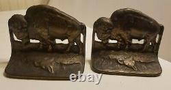 Rareantique Judd American Western Bison Statue Bookends Buffalocirca 1920's